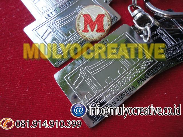 gantungan kunci logam murah