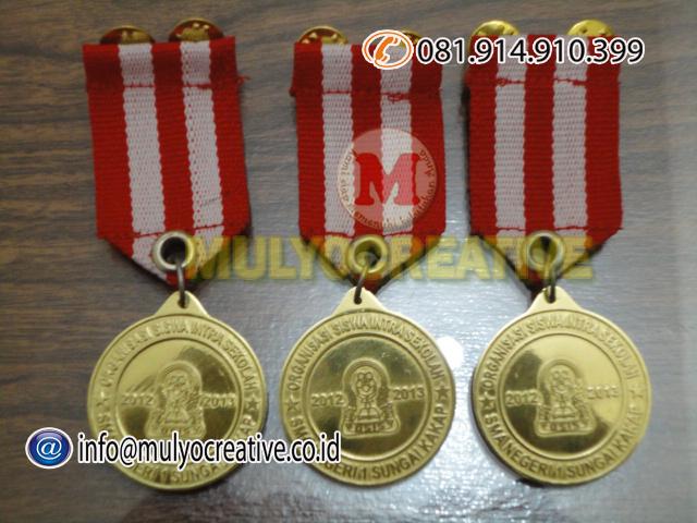 medali penghargaan2
