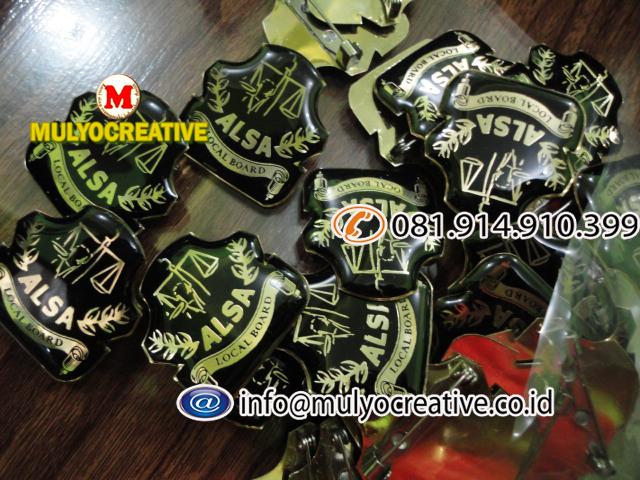pin logam (3)