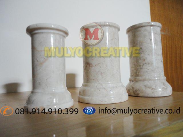 keramik plakat nama