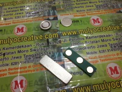 Pesan-Magnet-Pin-Pesan-Magnet-Lencana-Pin-Pesan-Pin-Lencana-Magnet-Magnet-Nama-Dada-Magnet-Nae-Tag