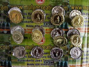 Emblem TopiBoni Murah