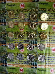 Emblem Topi boni Plat Kaleng