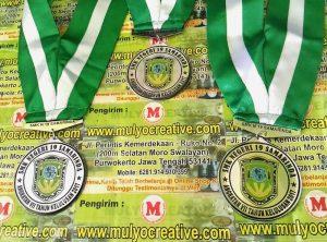 Medali Wisudawan SMK Negeri 19