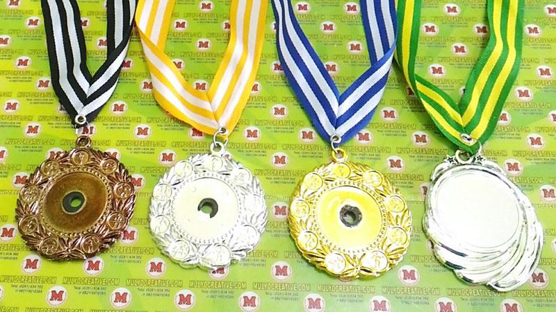 Contoh medali polos/ medali kosongan